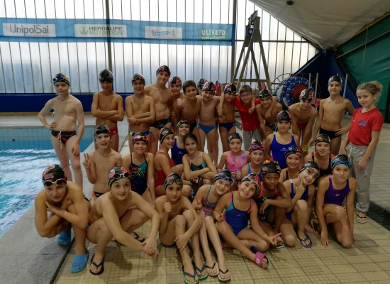 Nuoto: Il debutto degli Es. B